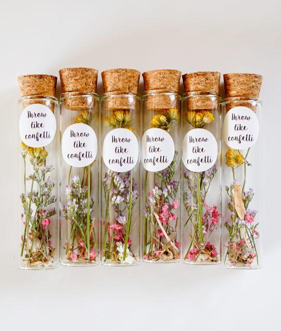 droogbloemen in een fles