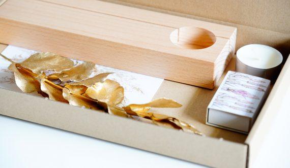 houten houder gedenkaltaar